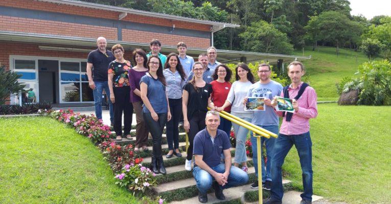 Representantes de Alba Iulia (Romênia) visitaram Benedito Novo (Brasil) para trabalhar com desenvolvimento urbano sustentável