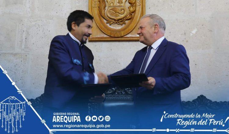 Polonia y Perú intercambiaron conocimientos y experiencias para impulsar el desarrollo de nuevas tecnologías en agroindustria, metalurgia y comercio sostenibles en la región Arequipa