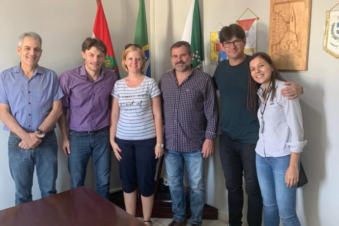 Una delegación de Alba Iulia (Rumanía) visitó Benedito Novo para concretar estrategias de Smart Cities